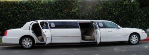 5 door lincoln limo in white