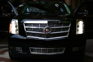 cadillac-escalade-platinum-black